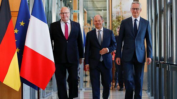فرانسه و آلمان در زمینه صادرات سلاح توافقنامه امضاء میکنند
