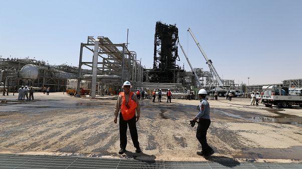 Aramco: Saldırıya uğrayan tesis eylül sonunda tam üretime dönecek