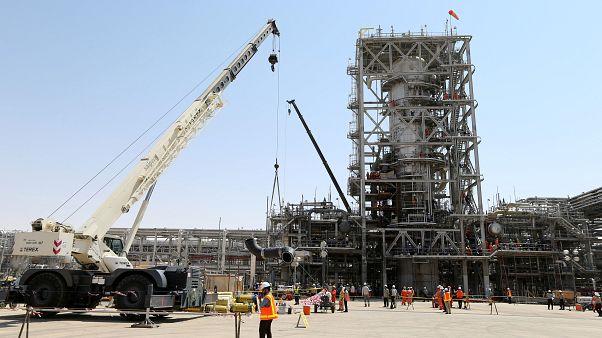 شاهد: كيف أصبحت المنشأتين النفطيتين في أرامكو السعودية بعد هجوم السبت