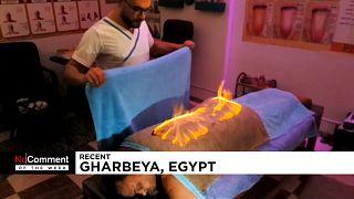 شاهد أفضل فيدوهات الأسبوع: التدليك بالنار في مصر وحريق في مصنع تركي للمواد الكيمائية