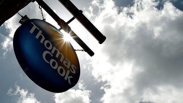 """""""توماس كوك"""" البريطانية تعلن إفلاسها ومخاوف من تقطع السبل ب600 ألف سائح"""