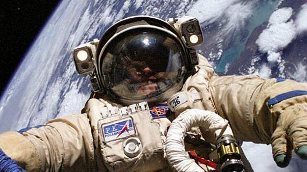 روسیه فضانوردانش را مسلح میکند