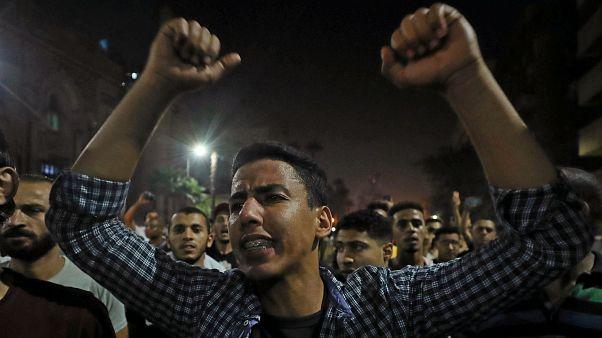 مظاهرات في القاهرة وعدة محافظات مصرية تطالب بتنحي السيسي
