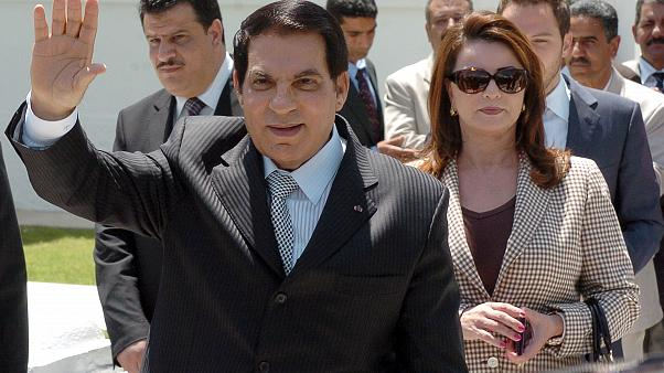 الرئيس التونسي الأسبق زين العابدين بن علي وحرمه (أرشيف/ مايو 2010)