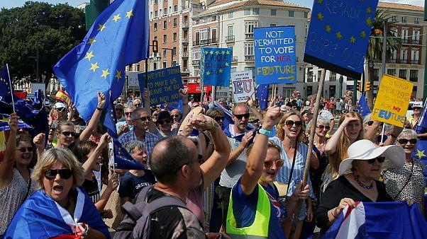 تظاهرات بریتانیاییهای ساکن اسپانیا علیه برکسیت