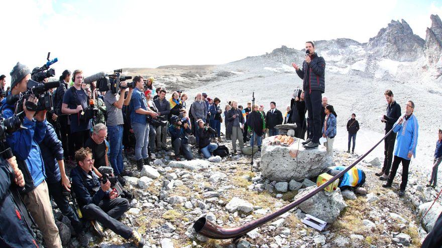 Les Suisses disent adieu au glacier Pizol, victime du réchauffement climatique