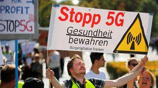 İsviçreliler 5G'yi protesto etti: Sağlığa zararlı, referanduma gidilsin