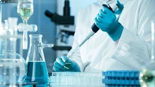 کشف جدیدی در درمان سرطان؛ نابودی موثرتر تومورها با کمک مولکولهای طلا