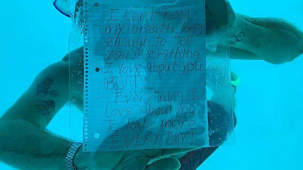 """""""من الحب ما قتل"""" طلب الزواج من حبيبته تحت الماء فلقي مصيرا مأساويا"""
