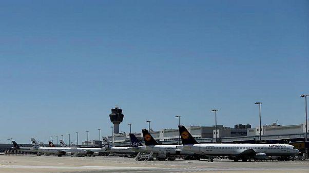 مطار أثينا ـ اليونان