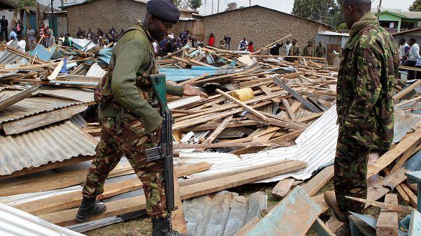 Kenya'da bir okulda çökme: Enkaz altında kalan 7 öğrenci öldü
