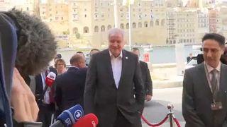 Immigrazione: accordo sulla redistribuzione al vertice di Malta
