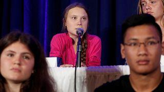 غريتا ثنبورغ خلال تقديمها شكوى إلى لجنة حقوق الطفل لدى الأمم المتحدة، احتجاجا على عدم تحرك الحكومات لمواجهة أزمات المناخ. رويترز