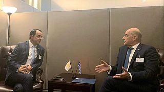 Δένδιας-Χριστοδουλίδης: Συντονισμός ενεργειών Ελλάδας-Κύπρου