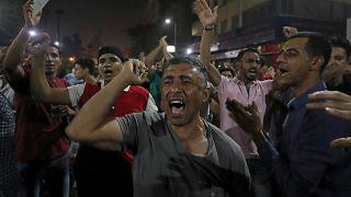 محتجون في القاهرة السبت الماضي