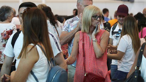 Triste regreso a casa para los turistas afectados por la quiebra de Thomas Cook