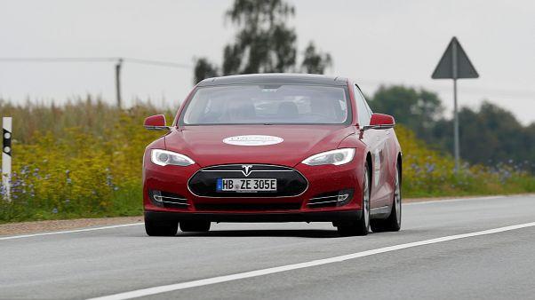 Kelet-Európában terjeszkedne jövőre a Tesla