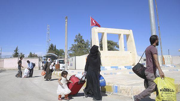 Türkiye, Kilis'te tutuklanan IŞİD üyesi iki Fransız kadın ile 9 çocuğunu ülkesine sınır dışı etti