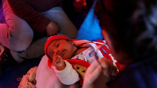 Cezayir'de bir hastanede çıkan yangın sonucu 8 bebek hayatını kaybetti