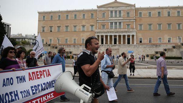 Σε απεργιακό κλοιό η Αθήνα-Τι φοβούνται οι εργαζόμενοι