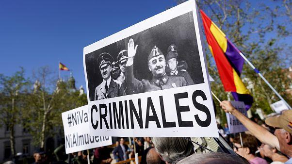 Supremo espanhol aprova exumação de Franco