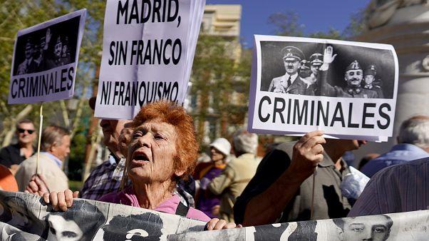 Eski İspanya diktatörü Franco'nun kabri anıt mezardan taşınacak