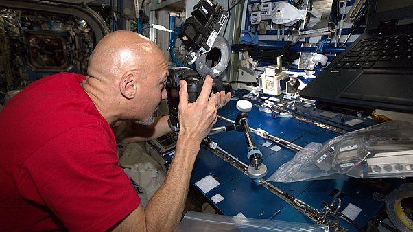 گزارشهای یورونیوز از فضا؛ آیا در فضا زودتر پیر میشویم؟