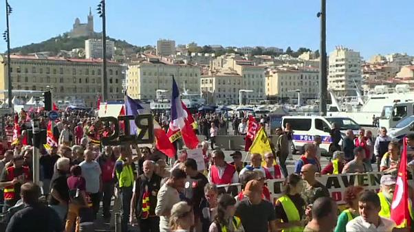 France : plus de 10 000 manifestants réunis contre la réforme des retraites