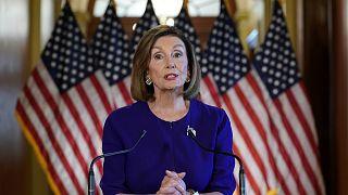 """Nancy Pelosi, az amerikai Kongresszus elnöke bejelenti az """"impeachment"""" eljárás elindítását"""