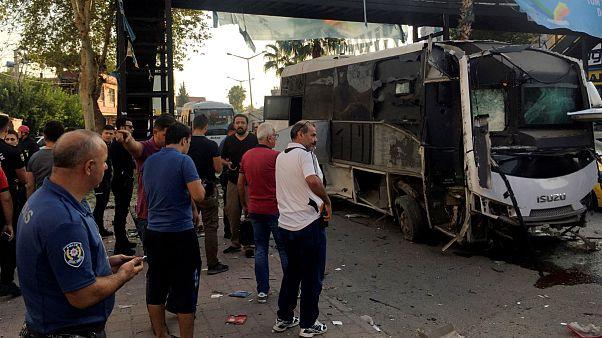 ترکیه؛ تله انفجاری برای اتوبوس نیروهای پلیس ۵ زخمی برجای گذاشت