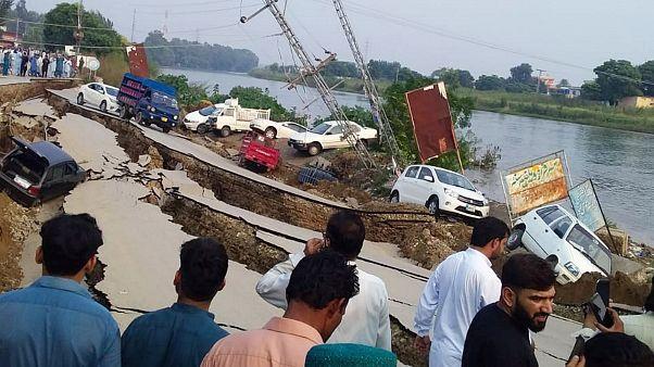زلزله ۵.۸ ریشتری در پاکستان دستکم ۲۲ کشته و ۷۰۰ زخمی برجای گذاشت