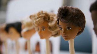 Mattel lance une Barbie personnalisable non-genrée