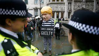 İngiliz parlamentosu, askıya alınma kararının yok hükmünde sayılmasının ardından ilk kez toplandı