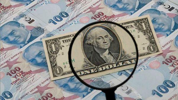 حذف دلار از مبادلات ایران با روسیه و ترکیه؛ ابتکارعمل یا پرداخت هزینه تحریم بانک مرکزی؟