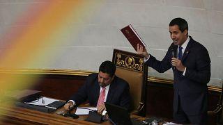 I chavisti tornano in parlamento