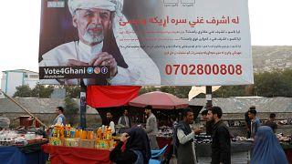 Yüz fotoğrafı koşulu getirilen seçimde Afgan kadınlar ne yapacak?