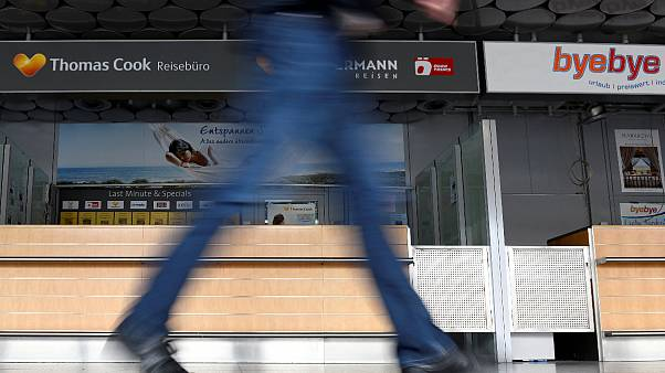 Ein geschlossener Thomas Cook- Schalter am Flughafen Hannover