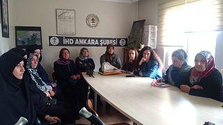 Eylem yapan askeri öğrencilerin annelerine polis müdahalesi: 14 gözaltı
