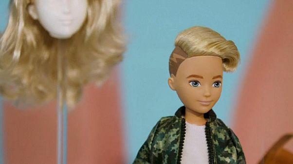 Des poupées Barbie non-genrées