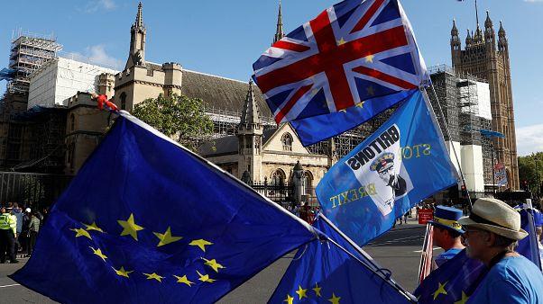 A brit politika történetében szokatlan csavarokat hozott a brexit