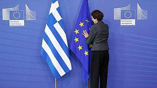 Ελλάδα: «Έφυγαν» οι θεσμοί, η συνέχεια εξ αποστάσεως