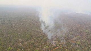 Bolivia comienza a rendirse en su lucha contra el imparable fuego