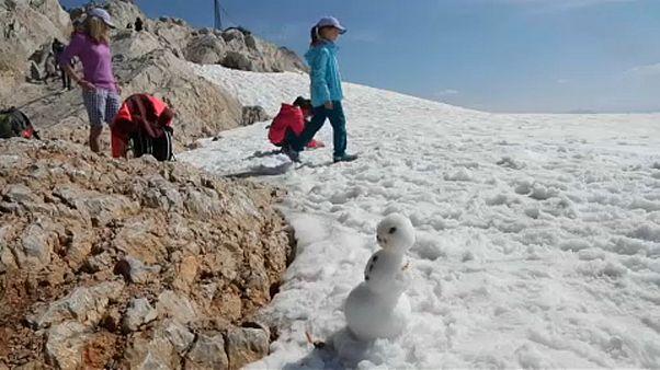 Klímavészhelyzetet hirdetett az osztrák parlament