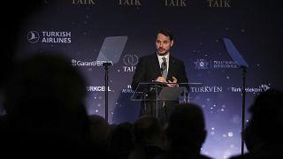 Hazine ve Maliye Bakanı Berat Albayrak, New York'ta DEİK ve TAİK tarafından düzenlenen Türkiye Yatırım Konferansı'na katıldı