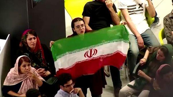 FIFA İran'a kadın taraftarların maç izlemeye gidebildiğini kontrol edecek heyet yolluyor