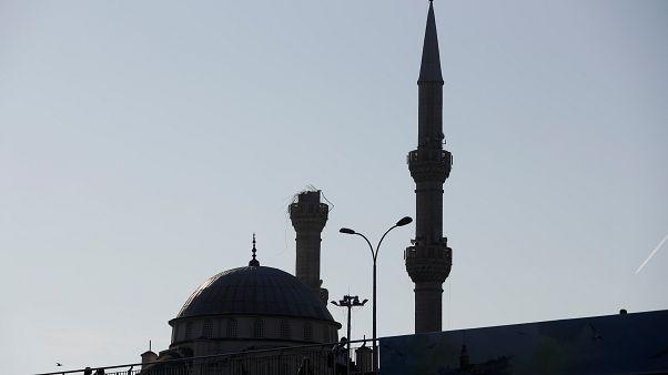 منارة أحدة المساجد في إسطنبول التركية