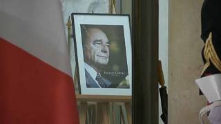 Franciaország Jacques Chirac emléke előtt tiszteleg