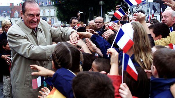 Mensagens de homenagem a Chirac em Paris