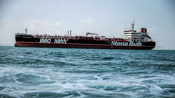 نفتکش بریتانیایی «استنا ایمپرو» بندرعباس را به مقصد دبی ترک کرد