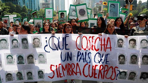Cinco años exigiendo la verdad en México por los 43 de Ayotzinapa